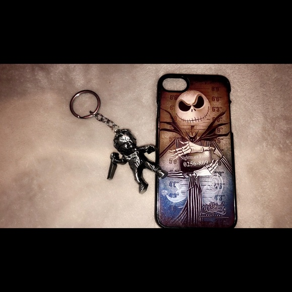 Hot Topic Accessories - IPhone8 Case And Keychain